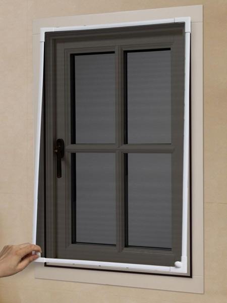 Zanzariere-per-finestre-su-misura-montecchio