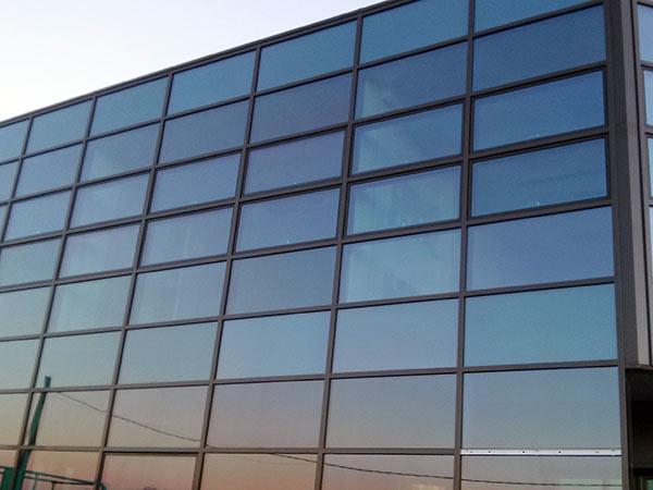 Serramenti-strutturali-in-alluminio-vetro-Reggio-Emilia
